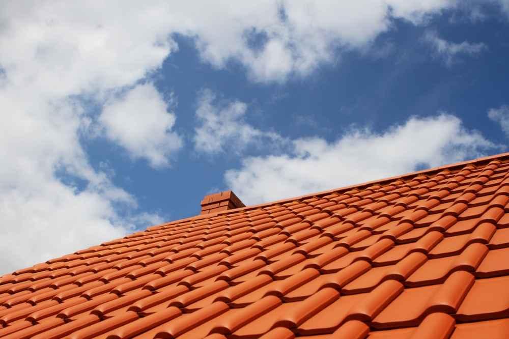 Klasa i trwałość, czyli dachówka ceramiczna